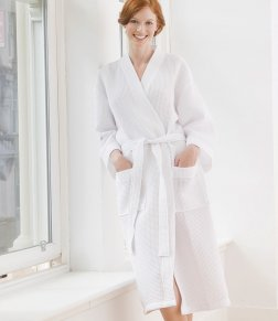 tc86 waffle robe is particularly suitable for personalisation with diamante designs.