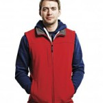 Regatta's RG154 soft shell bodywarmer. Men's style in red for added wind resistance